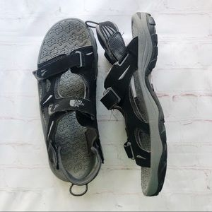 [The North Face] Mens active sandal size 11